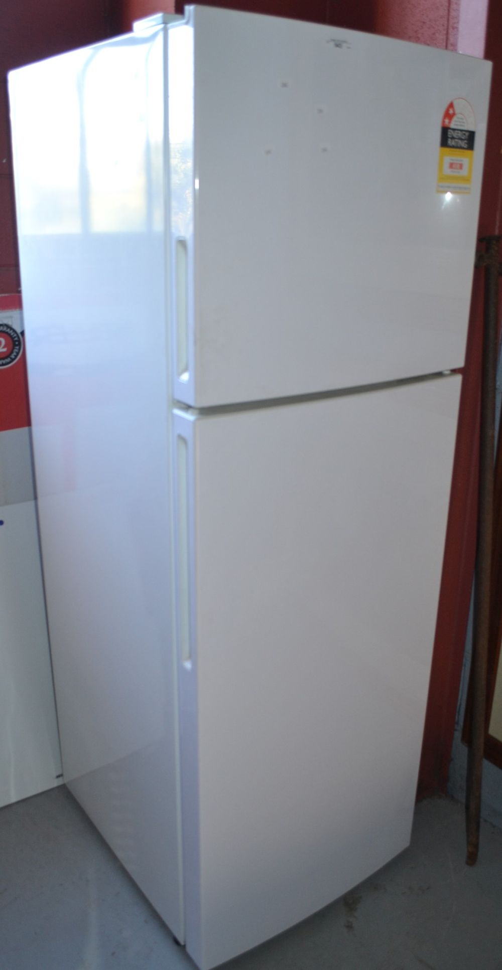 Haier fridge/freezer model no. HRF261FW