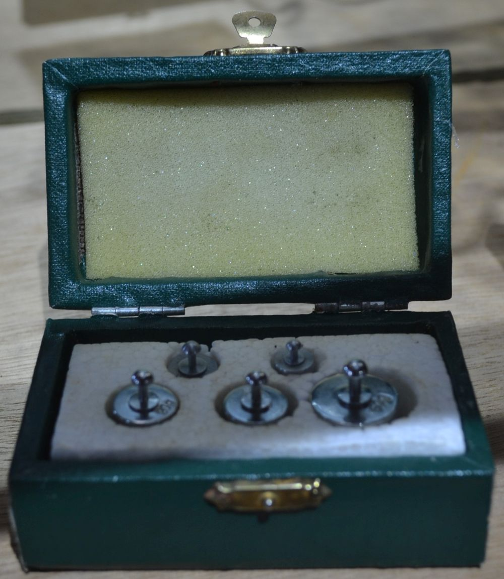 3 items to incl. a vintage Caltex lubricant tap