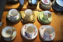 5 x English trios, plus one cup & saucer - Royal Doulton