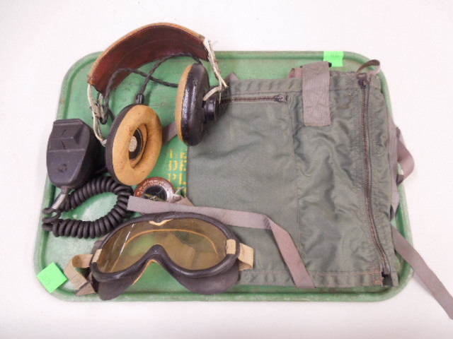 Assorted US Military Items