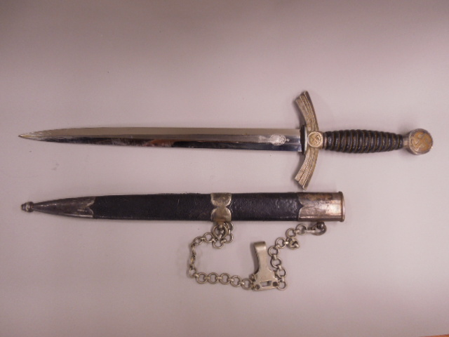 WW II German Luftwaffe 1st Model Officers Dagger