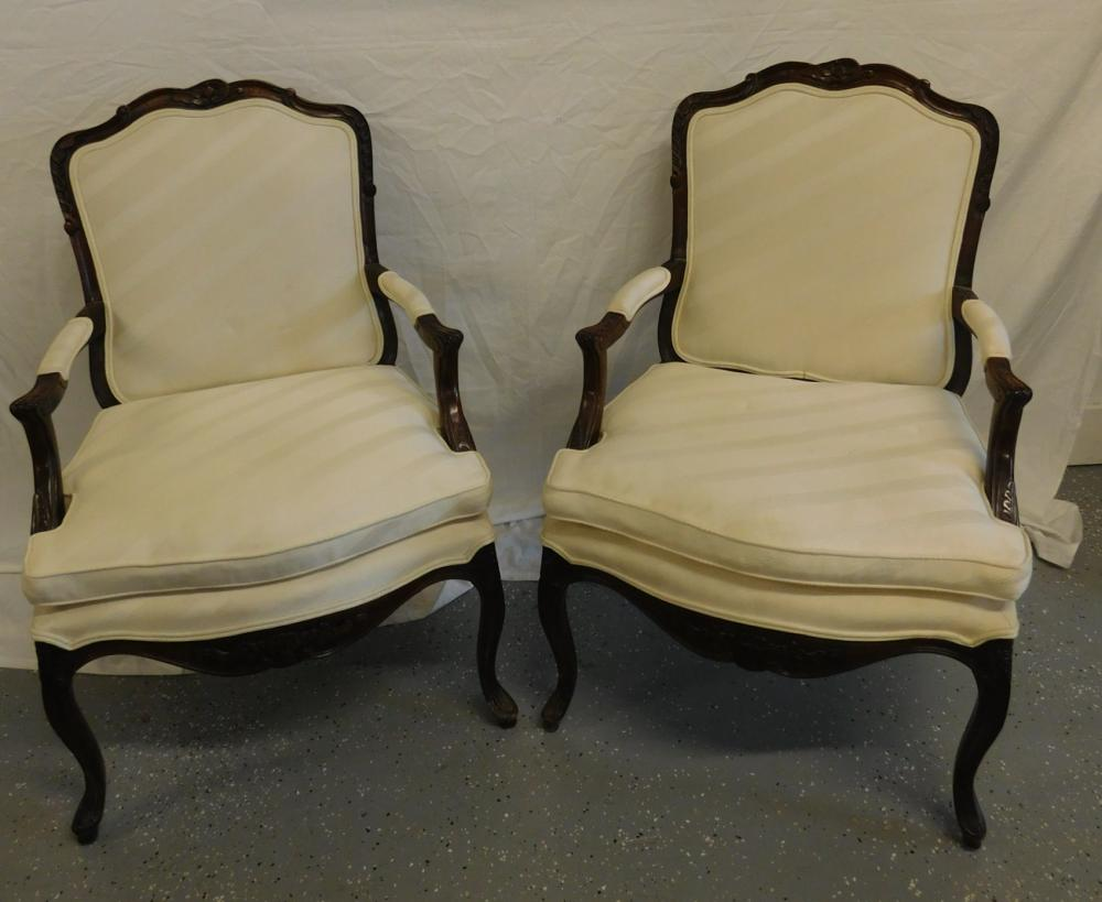 Pr Louis Style Fauteuil Chairs