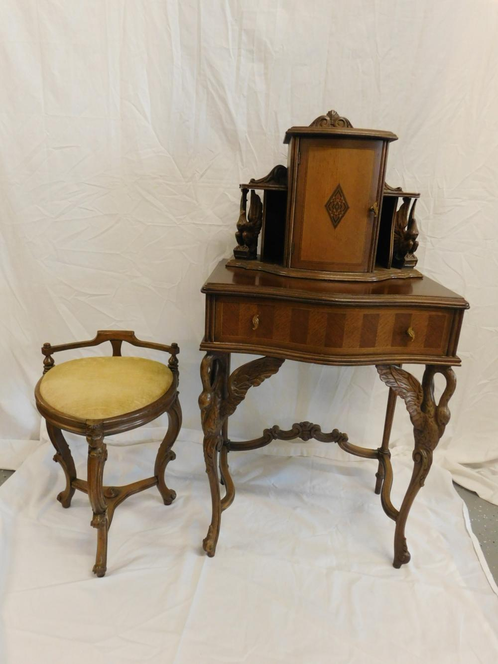 Berd Carved Telephone Stand & Bench