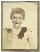 Gloeden, Wilhelm von: Boy with fur