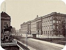 Ahrendts, Leopold - zugeschrieben: View over the Lange Brücke to the Stadtschloß Berlin
