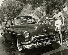 Avery, Sid: Rock Hudson Washing his Car