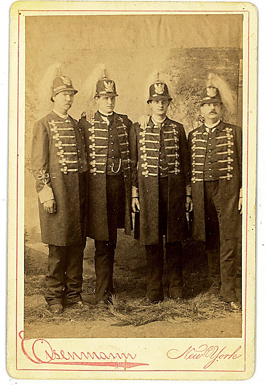 The Texas Giant Brothers, Two cabinet cards by Eisenmann.
