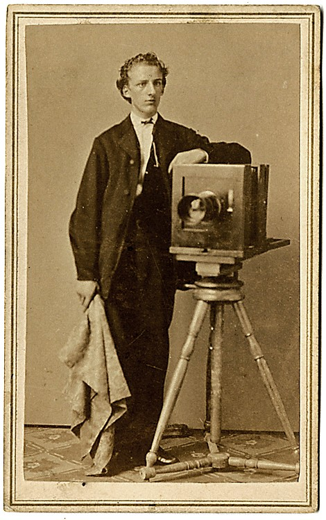 A photographer with his camera, CDV by Olsen & Ritzmann, NY.
