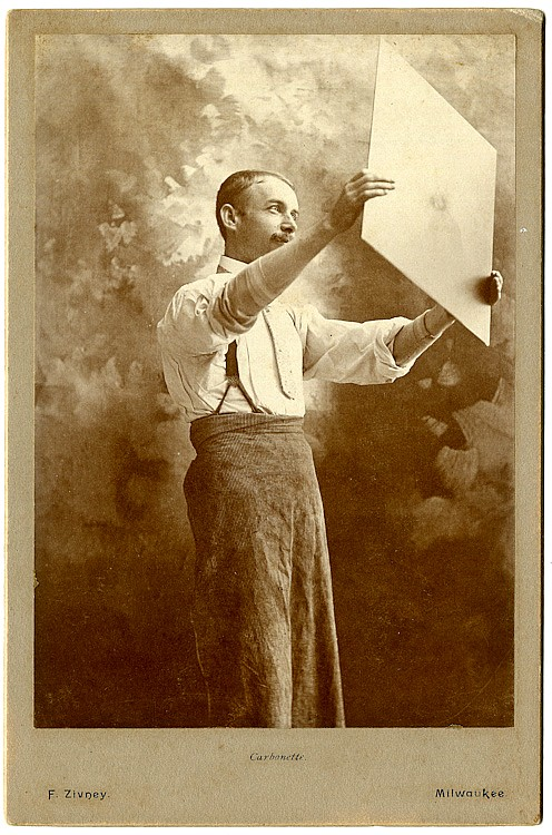 Photographer Frank Zizney, Minneapolis: 3 cabinet cards.