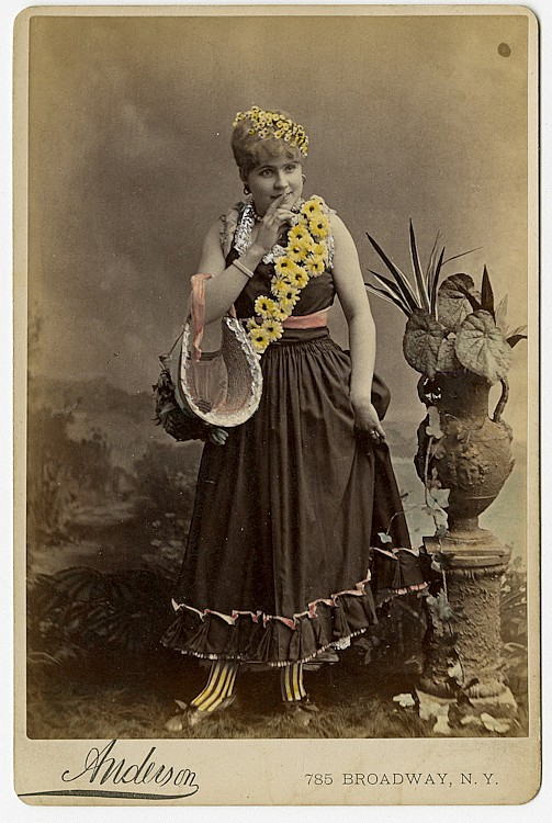 Potpourri of 52 theatrical cabinet card, various makers and subjects
