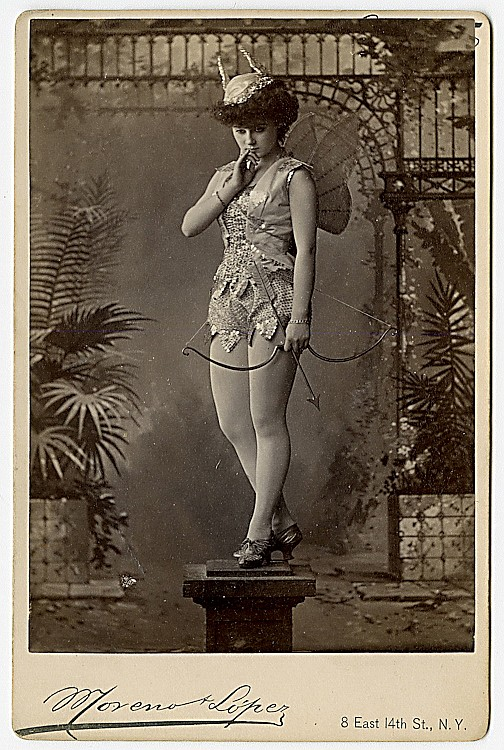 Theatrical performers. 15 cabinet cards by Moreno & Lopez, New York.