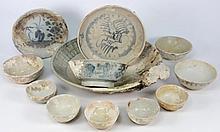 Tek Sing Cargo - Twelve various Chinese porcelain