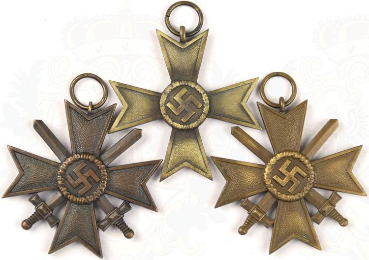 Convolute War Merrit Cross