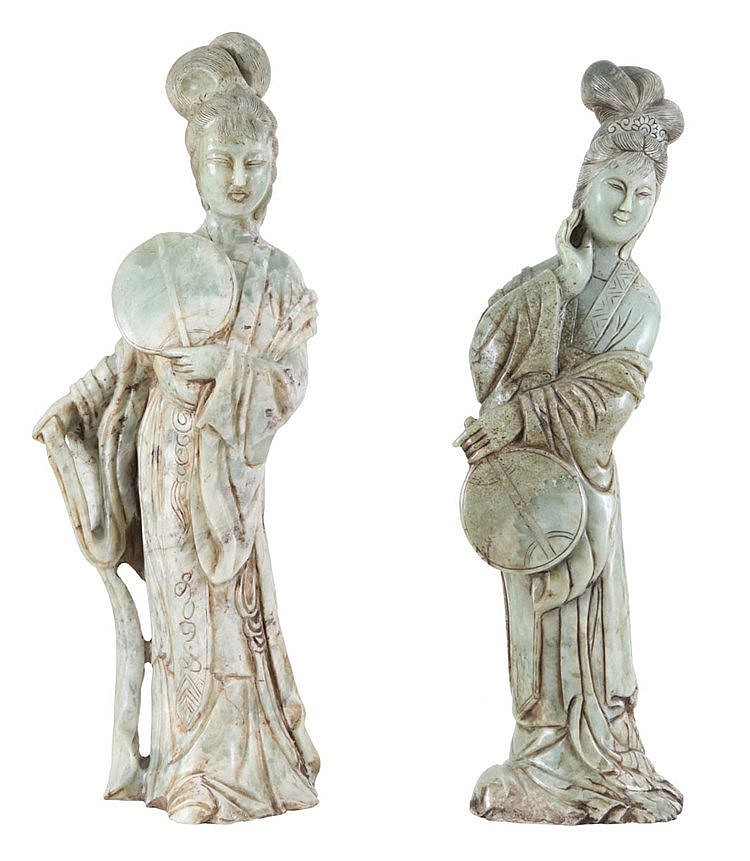 Set of two various female immortals in jadeite. 20th century Chinese work.