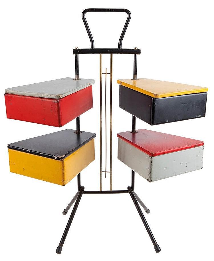 JOOS TEDERS XX / METALUX Sewing box. Circa 1955. Black metal and brass
