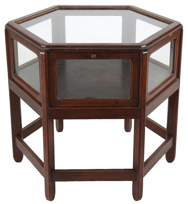 ANONYMOUS XX Hexagonal presentation table. Oak and glass. Three foldin