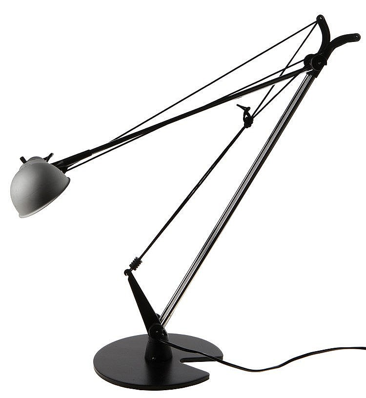 RICARDO BLUMER XX / ARTEMIDE Desk lamp, circa 1990. Black steel base.