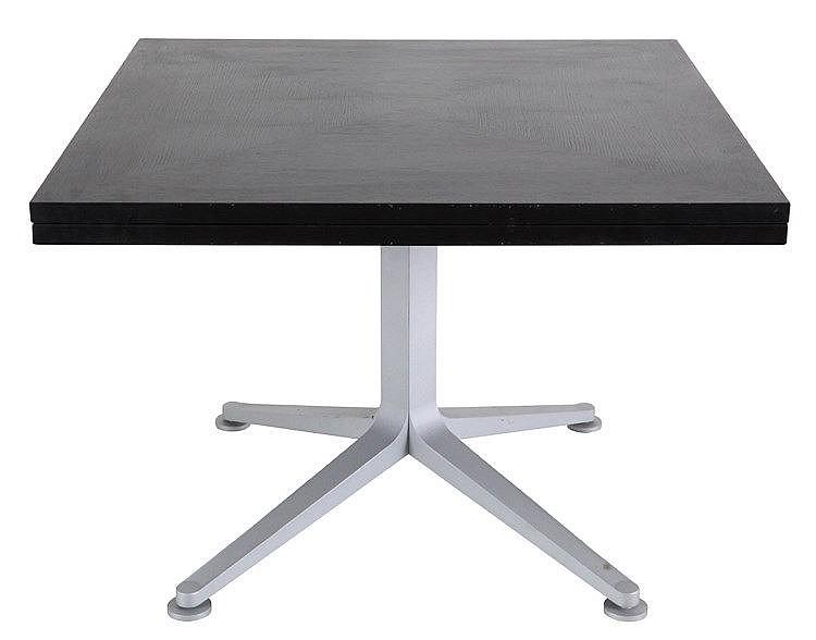 ROBERTO BARBIERI(1942) / ZANOTTA Dining table, model 'Radicequadra'. D