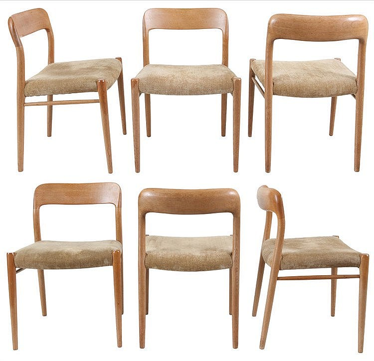 NIELS OTTO MØLLER (1920 - 1982) /  J.L.MØLLER Set of six dining chairs