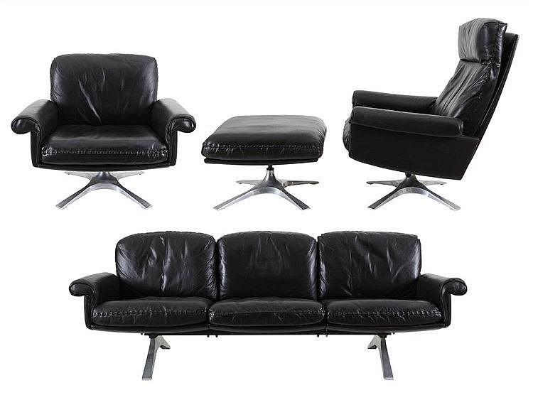 DE SEDE XX Living room garniture, model DS-31. Circa 1970. Comprising