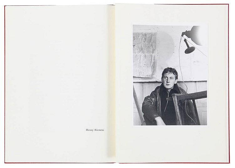 (Claus/ Raveel) Hugo Claus 65. Amstelveen, Uitgeverij AMO, (1994). In-4°. E