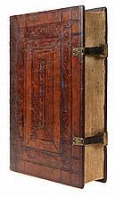 (postincunabel) Erasmus, Opera diva Caecilii Cypriani episcopi Carthaginensis. Basel, Ex Officina Frobeniana, 1520. In-2°. Titelgravure, (2), (9), 515gen.pp. Tekst op 1 kolom, doorheen het werk verlucht met in hout gegraveerde initialen en vooraan