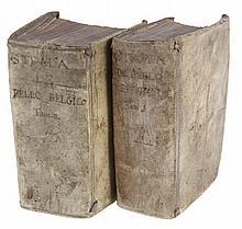 Famiani Stradus, De Bello Belgico. Amsterdam, Joachim van Metelen, 1648. 2vol. small in-8°. With engraved titlepages.