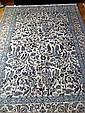 Fin Tapis NAIN HABIBIAN (Iran), en laine kork et fleurs de soie à décor floral