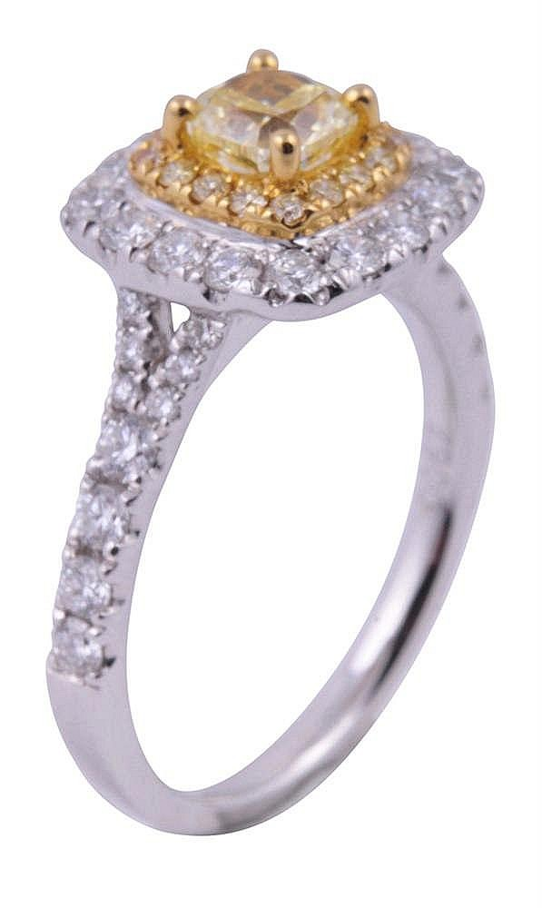 bague diamant fancy yellow