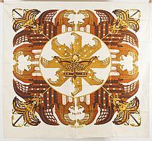 HERMES Paris made in France    Carré en soie imprimée titré