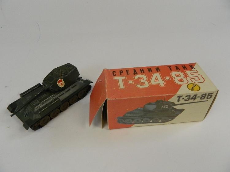 CPEAHNN Russian Diecast  T-35-85 Tank M1:43