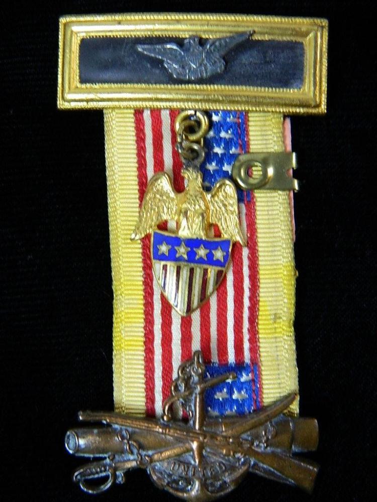 Lot 32: Spanish American War USA Medal 1898-1902