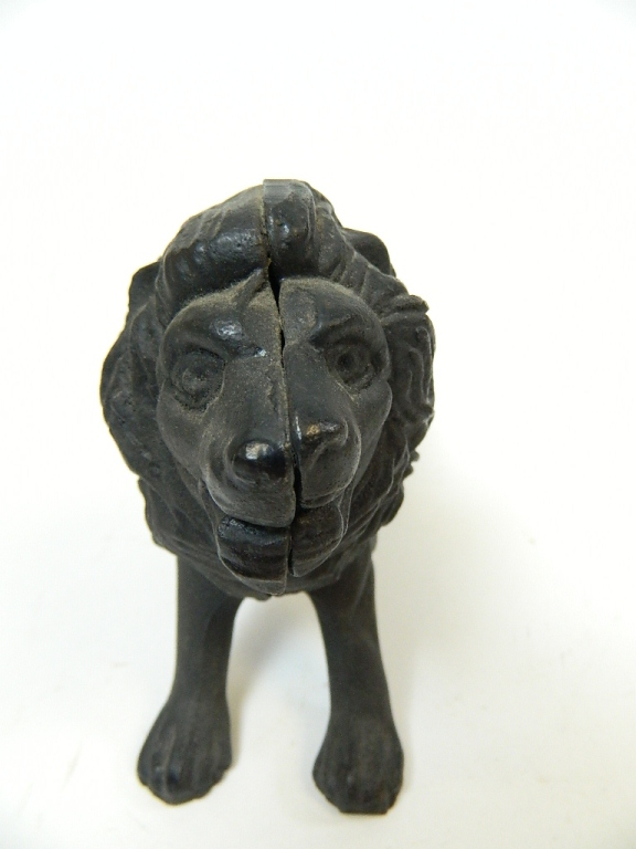 Lot 40: Black Cast Iron Lion Animal Toy Bank