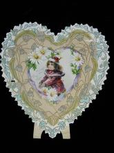 Lot 76: 1 Heart Shaped Stand-up Valentines Day Card