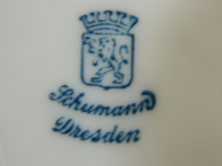 Lot 118: Schumann Dresden Floral Decorative Plate