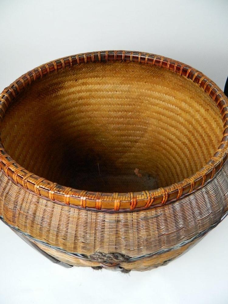 "Lot 146: 22"" Woven Chinese Basket"