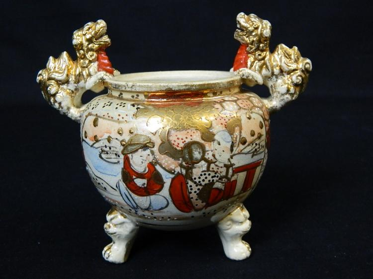 Lot 61: Chinese Hand Painted Footed Gold Dragon Bowl