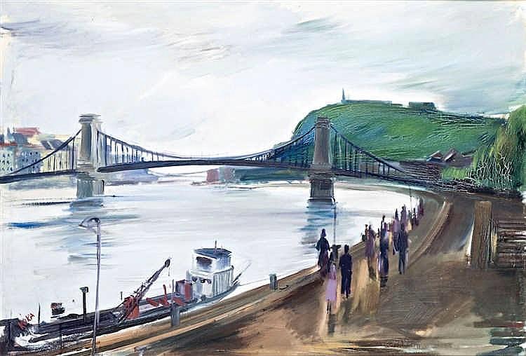 Walk on the wharf by the Chain Bridge