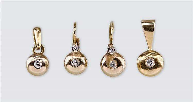 Classical jewellery set