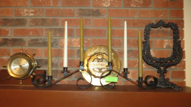 5 Assorted Mantle Objects
