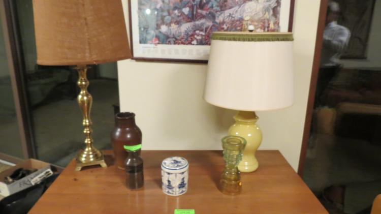 6 Assorted Table Items Lamps, Vases, Etc