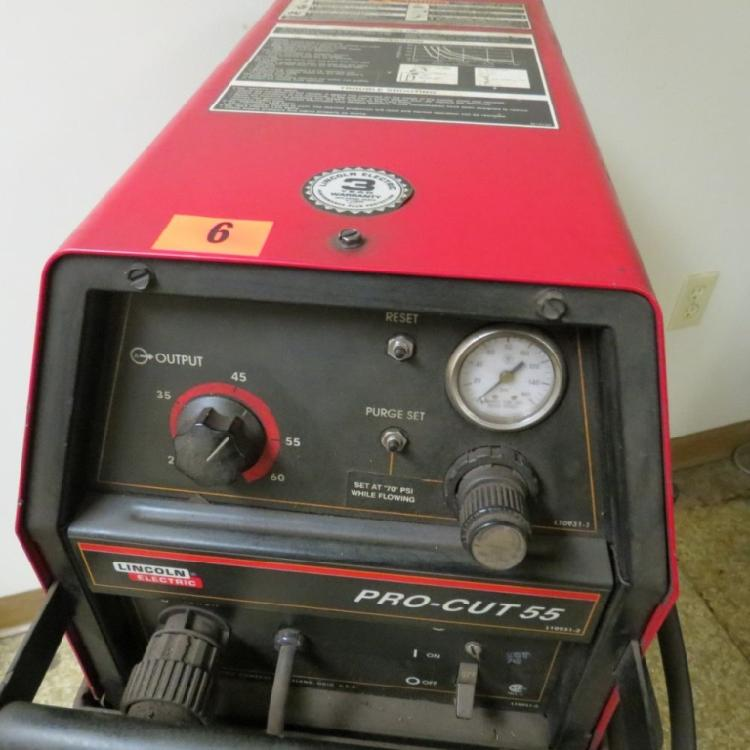 LINCOLN PRO-CUT 55 PLASMA CUTTER