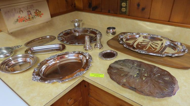 Collection of silver plate (12 pcs.)