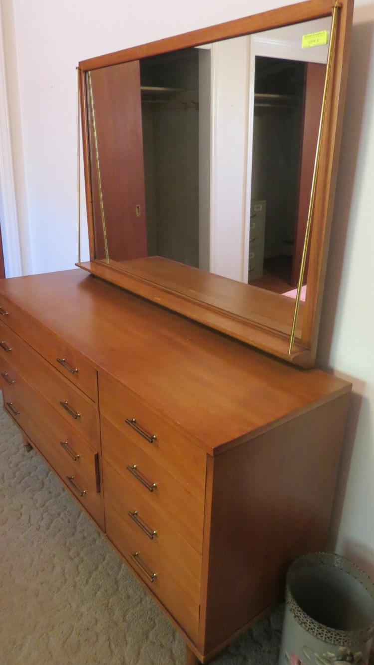 Mid Century Bed Room Suite Complete 4 piece Drexel