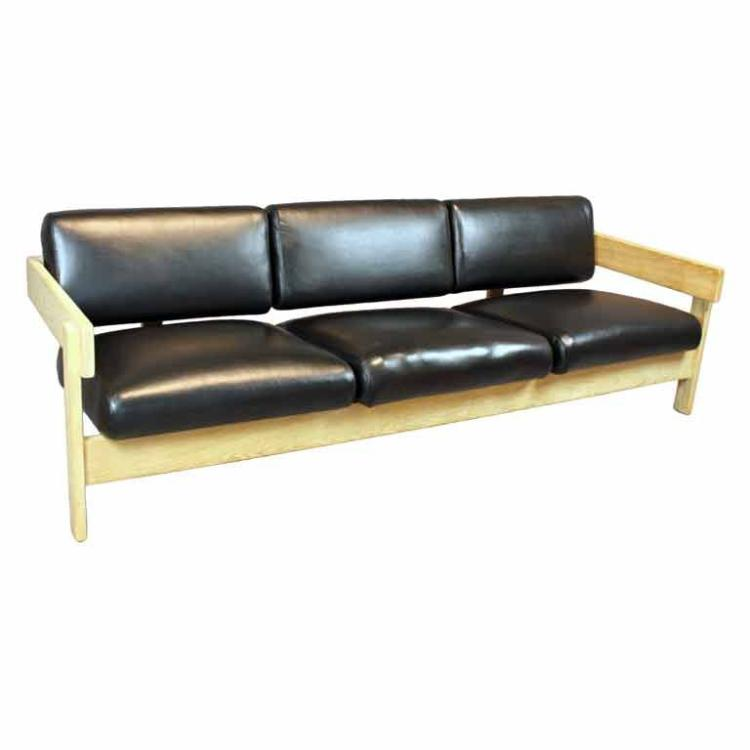 Metropolitan leather sofa