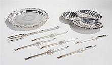 Silver plated objects, to include a Hors d'Oeuvres serving dish, a salver,