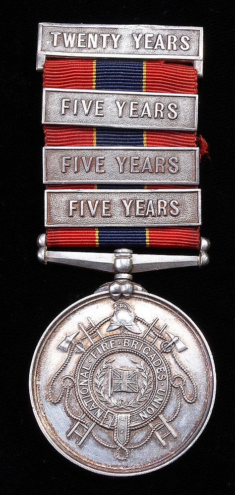 Fire Brigade service medal, 4 clasps (C.A. JEFFER'S CLACTON ON SEA 14TH MAY