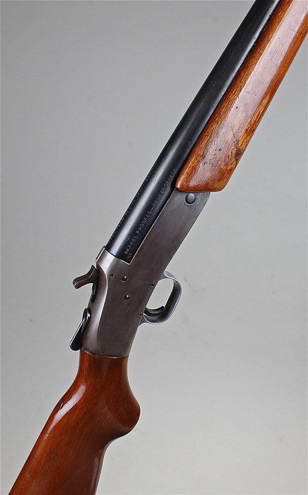 North American Arms Mallard Model single barrel 12 bore shotgun, the mahoga