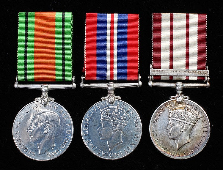 Minesweeping group, to include Naval General Service medal 1915-62, 1 clasp