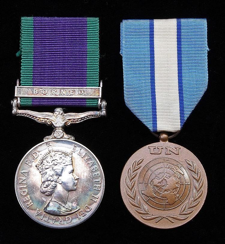 Pair, General Service medal 1964-2007, EII, 1 clasp Borneo, (23718060 L/CPL